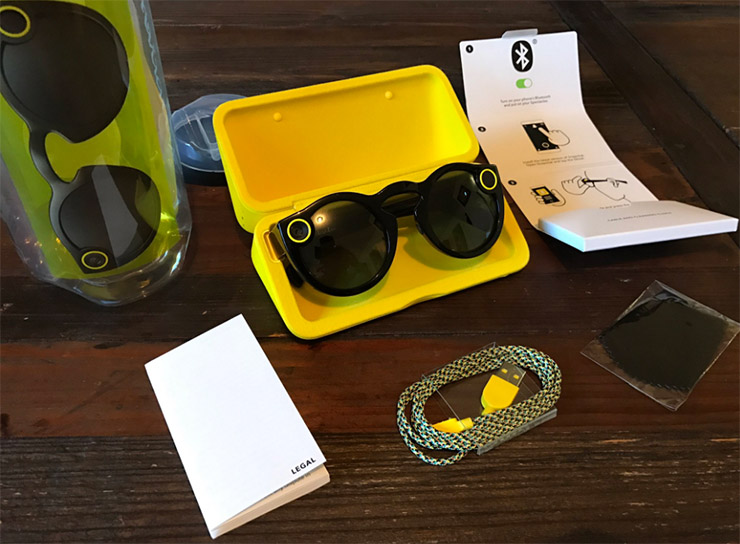 Snapchat начала торговать «видео-очки воспоминаний» впередвижных автоматах