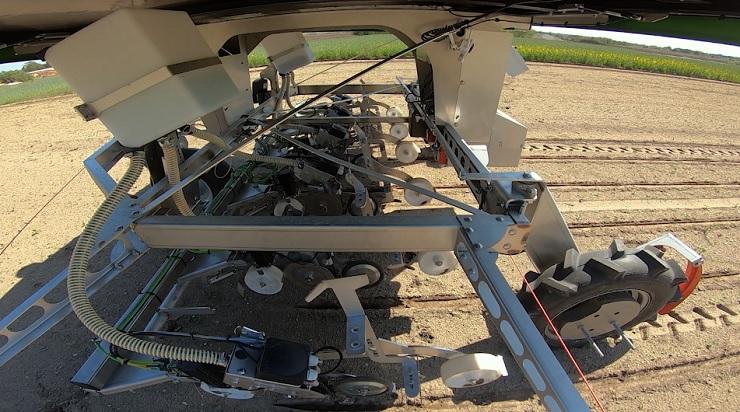 Робот FarmDroid