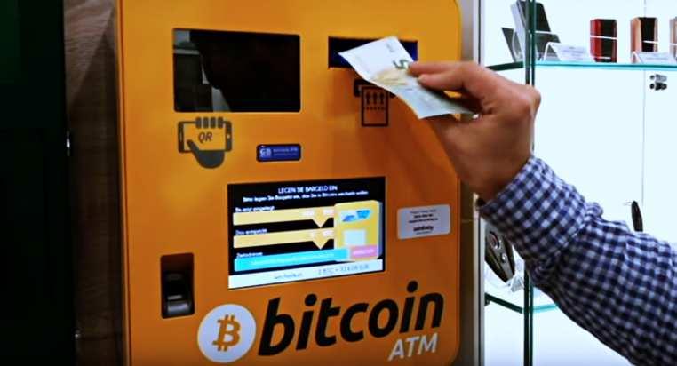 in che modo bitcoin che influenza il mercato azionario cosè bitcoin satoshi