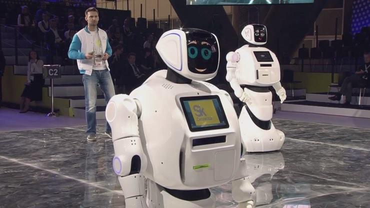 Promobot V.3 был представлен на V консилиуме «Открытые инновации» вСколково