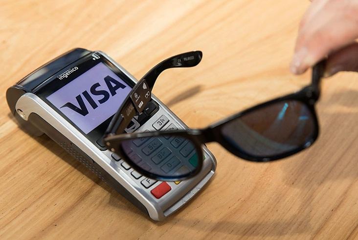 Visa создала солнцезащитные очки для бесконтактных платежей